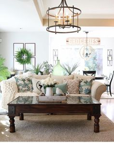 Check out this modern #farmhouse living room decor idea with accent pillows. Love it! #HomeDecorIdeas @istandarddesign