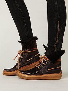 ee8d1f64faa De 62 bedste billeder fra FOOTWEAR | Beautiful shoes, Wide fit ...