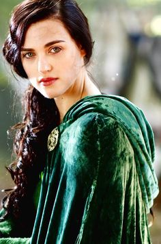 morgana:  I wish people still wore capes...just saying.