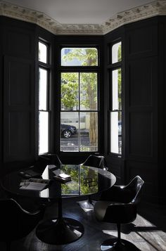 Dark   interiors   Black   Table   Chairs   Walls   Audacieuse Élégance
