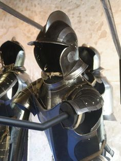 Mid 15th century armour detail.