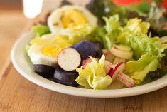 Day Radish Salad with purple potatoes and eggs. Potato Salad Recipe Easy, Potato Salad With Egg, Salad Recipes Video, Bbc Good Food Recipes, Vegan Lunches, Healthy Snacks, Healthy Sour Cream, Salad Vinegar, Radish Salad