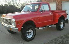 C-10 Chevrolet step side 4x4 67 72 Chevy Truck, Chevy 4x4, Classic Chevy Trucks, Chevy Pickups, Gm Trucks, Cool Trucks, Pickup Trucks, Lifted Trucks, C10 Stepside