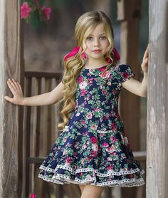 Dresses Kids Girl, Girl Outfits, Fashion Dolls, Kids Fashion, Classic Photography, Diy For Girls, Lovely Dresses, Beautiful Children, Little Princess