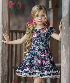 Little Girl Models, Little Girl Outfits, Toddler Outfits, Kids Outfits, Kids Dress Wear, Dresses Kids Girl, Baby Girl Fashion, Kids Fashion, Baby Dress Patterns