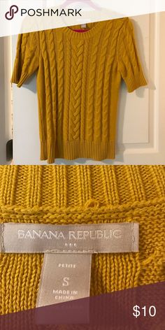 banana republic mustard cable sweater size small great condition sweater. fits true to size Banana Republic Sweaters Crew & Scoop Necks