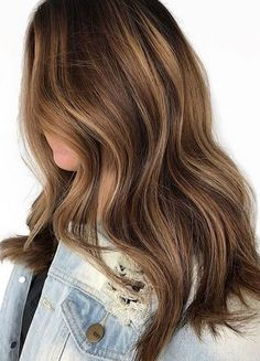 20 light brown hair, looks and ideas - Hochsteckfrisuren.club - 20 light brown hair, looks and ideas brown - Brown Hair Shades, Brown Blonde Hair, Brown Hair With Highlights, Bronze Highlights, Balayage Highlights, Dark Blonde, Dark Hair, Light Brown Hair Colors, Caramel Hair With Brown