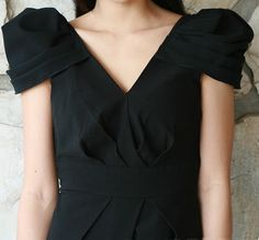pleated puffy shoulder dress DIY - Life is Beautiful