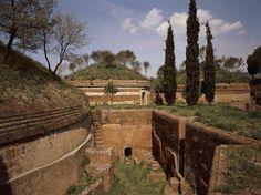 Alle heil komt uit het noordoosten - De Standaard - de etrusken in Tongeren nog tot 25 augustus