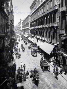 VIA-ROMA-NAPLES-ITALY-1895-VINTAGE-HISTORY-OLD-BW-PHOTO-PRINT-POSTER-753BWB