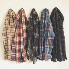 Vintage Soft Oversized Flannel Shirt Choose Size by SeedAndVine Hipster Grunge, Estilo Hipster, Mode Grunge, Style Grunge, Mode Outfits, Casual Outfits, Fashion Outfits, 90s Fashion, Country Outfits