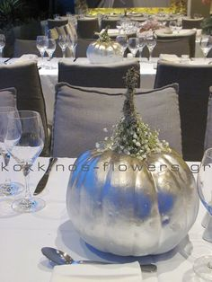 Artist and designer KOKKINOS FLOWERS, Greece
