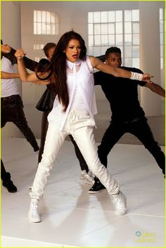 zendaya-replay-video-sneak-peek-pics-11.jpg