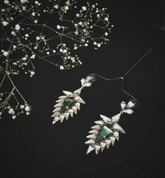 Pink Spearhead earrings Now available on http://ift.tt/1TkC4lK  The jewellery hand-crafted 18k gold plated and embellished with exclusive @swarovski Kite crystals from their AW17-18 launch.  #followthisstory #ss2017 #neonomad #crystalsfromswarovski  The thorns of the cactus protect the plant and preserve much needed water in the trying climes of the desert. This symbol of thorny persistence and self defense inspires the Spearhead!  The Mirror-like geometric mosaics take off from the mirror…