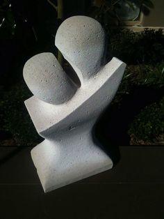 Lovers embarrass, Hebel sculpture