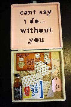 Bridesmaid invites. Cute box