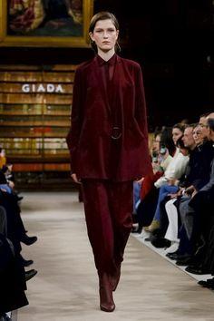 GIADA Fashion Show Ready to Wear Collection Fall Winter 2018 in Milan
