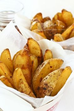 Baked Spicy Garlic Potato Wedges