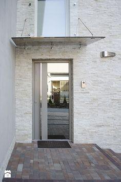 Realizacja projektu na nowoczesne drzwi zewnętrzne - zdjęcie od PARMAX - producent ekskluzywnych drewnianych drzwi zewnętrznych