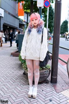 Dip Dye Hair, Cable Knit Sweater, Prada & Jeffrey Campbell in Shibuya - Tokyo Japanese Street Fashion, Tokyo Fashion, Harajuku Fashion, Kawaii Fashion, Cute Fashion, Harajuku Girls, Harajuku Makeup, Cable Knit Sweater Dress, Cable Knit Sweaters