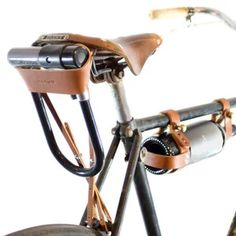 Fahrrad U-Lock Holster Tan Leder - fixie - Bici Retro, Velo Retro, Velo Vintage, Vintage Bicycles, Course Vintage, Velo Design, Bicycle Design, Velo Cargo, Bike Leathers
