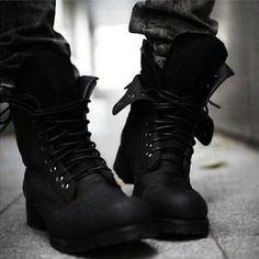 Men's Retro Combat boots Winter England-style fashionable short shoes 2 Colors