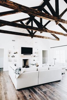 These exposed beam ceiling lighting ideas may very well be suitable for any taste and ceilings you want to renovate. Dream House Interior, Dream Home Design, My Dream Home, Home Interior Design, House Design, Cute House, Piece A Vivre, Dream House Plans, House Goals