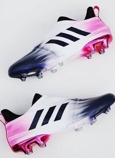 Adidas Soccer Boots, Adidas Football Cleats, Girls Soccer Cleats, Football Girls, Cool Football Boots, Football Shoes, Soccer Gifs, Soccer Drills, Best Soccer Shoes