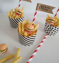 Birthday Treats, Party Treats, Birthday Parties, Big Mac, Mac Menu, Yummy Snacks, Yummy Treats, Mcdonalds Birthday Party, Finger Foods For Kids