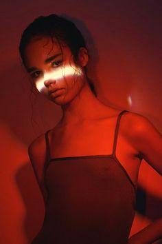 by Karen Kananian▼  & Pasha Pavlov▼  style: Anna Shabalova▼  makeup: Yana Novikova▼  & Sofi Kaplan▼   model: Liza (lookModels)