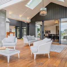 Linea Oblique Weatherboard provided the perfect backdrop to this stunning outdoor living space