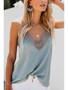 43 Cami Tops That Always Look Great - Fashion Trends - Camisole Outfit, Lace Camisole Top, Cami Top Outfit, Lace T Shirt, Tee Shirt, Dress Lace, Modest Fashion, Fashion Outfits, Womens Fashion