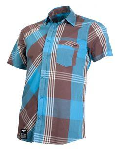 Check Shirt Multi - Košile bližší, než kabát. To se ví. Wooxusní krátkorukávní modrošedá, hnědomodrá nebo modročerná paráda vám ale bude ještě bližší, než jakýkoli jiný oděvní kus a velmi pravděpodobně k ní přilnete víc, než k příbuzným vaší přítelkyně, jejímu jezevčíkovi, či nedejbože k ní samotné. Což nevadí: kolik košil nosíš, toliko máš fanynek (wooxoidních, pochopitelně)