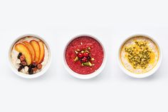 Porridge with fruits topping Delicious Breakfast Recipes, Brunch Recipes, Healthy Recipes, Yummy Recipes, Food L, Good Food, Yummy Food, Petit Dej Vegan, Homemade Pastries