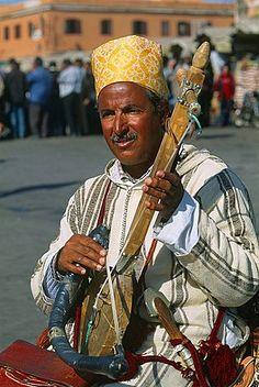 Morocco, Marrakech, Djemaa el Fna square, Musician