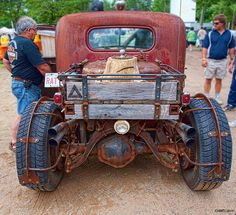 So much awesome. Tree stump trailer hitch. Fenders made of old tires. Amazing textures everywhere.
