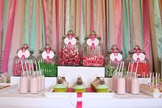 candy store table decor