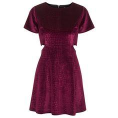 Women's Topshop Velvet Skater Dress (145 BRL) ❤ liked on Polyvore featuring dresses, vestidos, short dresses, short-sleeve dresses, topshop dresses, side cutout dresses, purple velvet dress and side cut out dress