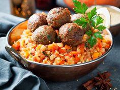 Boulettes de kefta à la marocaine Mushroom Meatballs, 20 Min, Chana Masala, Fried Rice, Ground Beef, Stuffed Mushrooms, Good Food, Veggies, Food And Drink