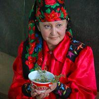 Recolectora de plantas silvestres de Jakasia para Natura Sibérica.