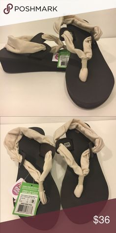 c984fafe9c91 New ‼ Sanuk Yoga Mat Wedge Sandals