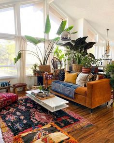 eclectic living room design ideas, boho chic ausgefallene wohnzimmer-gestaltungsideen, boho chic Apartment decor ideas eklektische wohnzimmer design ideen, boho chic - New Ideas Eclectic Living Room, Boho Living Room, Bohemian Living, Eclectic Decor, Living Room Designs, Bohemian Decor, Plants In Living Room, Eclectic Design, Eclectic Modern