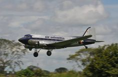 One of my first day in Colombia, a Douglas DC-3 from air Colombia landing at the airport the cutting edge, in villavicencio, carrying passengers and load.