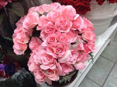 Pink roses only $27.99 and flower delivery starting from $7.99. Order flower delivery in Toronto from http://www.ejoycity.ca