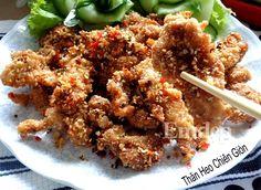 Thịt thăn heo chiên sả ớt thơm giòn, ngon cơm Vietnamese Cuisine, Vietnamese Recipes, A Food, Food And Drink, Fried Rice, Pork, Favorite Recipes, Lunch, Beef