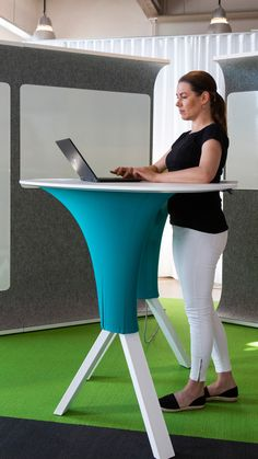 STEP IN is an electric standing desk that supports your posture taking the pressure off from your lower back and legs. It is an ideal drop in work station.