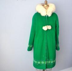 vintage eskimo parka wool coat fox fur hood Parka Coat, Wool Coat, Fur Coat, Wool Thread, White Fox, Green Coat, Fox Fur, Dream Dress, Vintage Ladies
