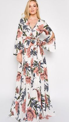 Modest fashion for every kind of lady. White Maxi Dresses, Maxi Dress With Sleeves, Trendy Dresses, Floral Maxi Dress, Elegant Dresses, Nice Dresses, Fashion Dresses, Hijab Fashion Inspiration, Gowns Of Elegance