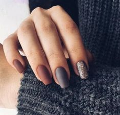 Discover the 10 most popular nail polish colors of all time! - My Nails Matte Nails, Diy Nails, Acrylic Nails, Gelish Nails, Coffin Nails, Fall Nail Art Designs, Trendy Nail Art, Manicure E Pedicure, Manicure Ideas