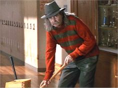 "1996 Scream ""Fred"" the janitor is played by Director Wes Craven, He's wearing Freddy Krueger's hat and sweater a reference to Wes Craven's Horror classic A Nightmare on Elm Street. Best Teen Movies, Good Movies, Scary Movies, Horror Movies, Horror Film, Freddy Krueger Hat, Wes Craven, Horror Fiction, Film Genres"